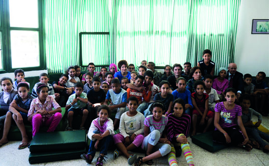 Arab Excellence au travail dans un orphelinat