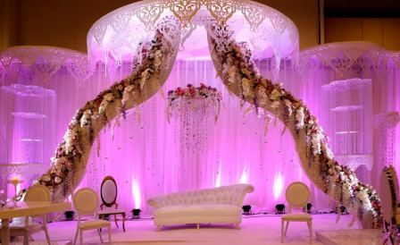 Wamda in a city thats as big as 1686 km2 in urban space and that has more than 100 wedding venues wedding services are scattered and hard to find junglespirit Choice Image
