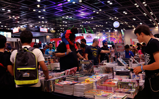 Middle East Film and Comic Con attendees
