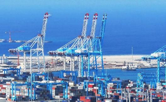 Tanger ne se définit pas que par son port (photo via Challenge)